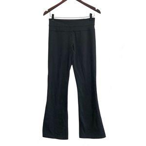 ❤️3/$30 Lululemon, black, flare leg yoga pants. 6